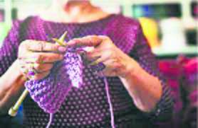 Hand knitting back in biz, courtesy millennials