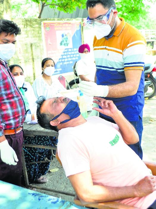 Unauthorised hospitals admit Covid patients