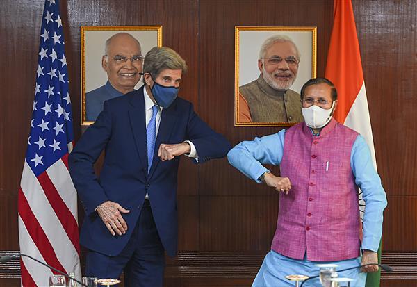 Climate talks: US special envoy John Kerry meets Sitharaman, Javadekar