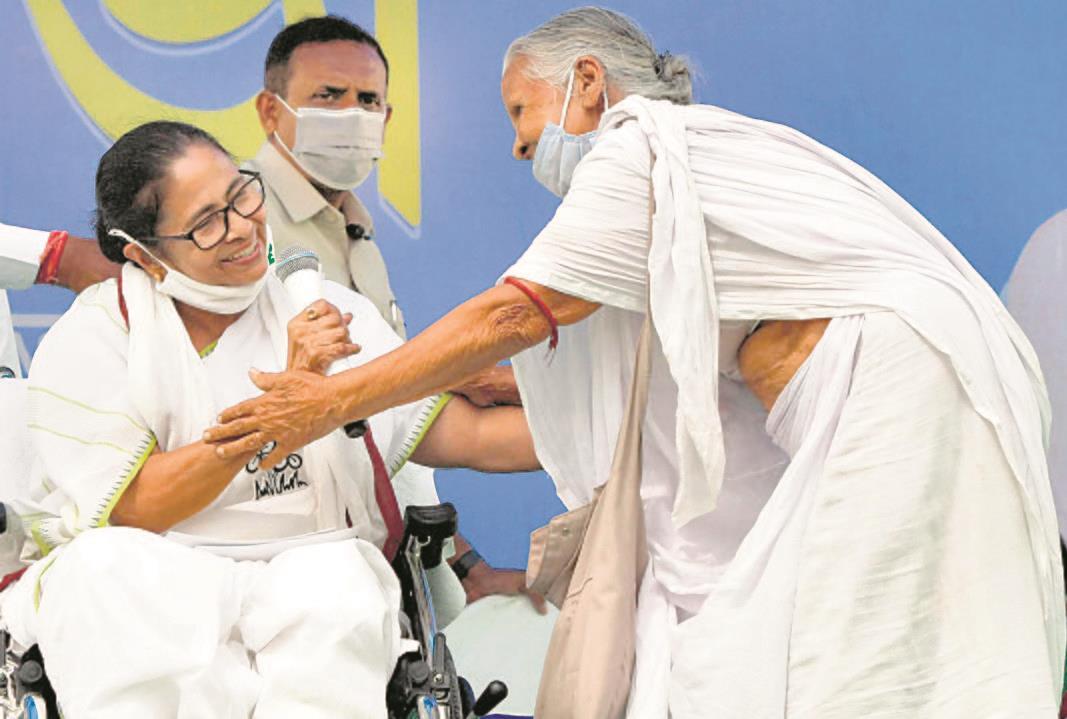 CM Mamata Banerjee or Adhikari? Nandigram decides today