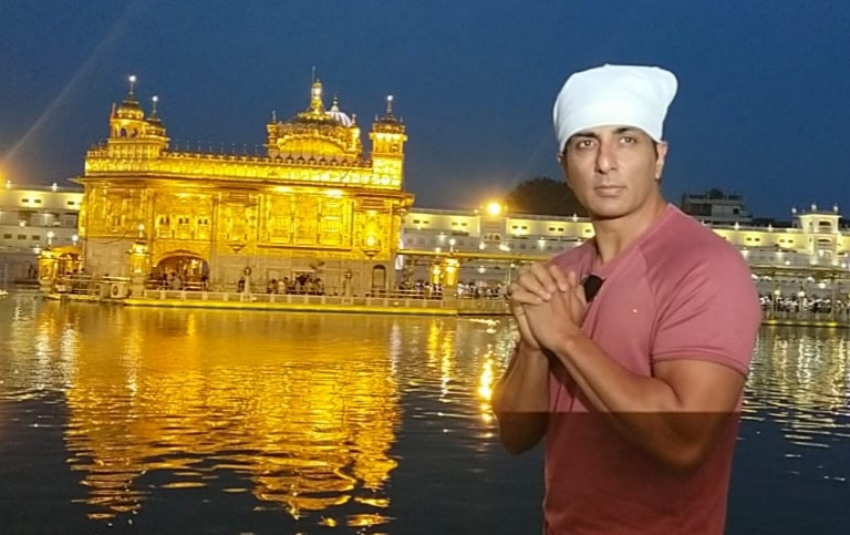 Sonu Sood gets vaccinated for Covid prevention in Amritsar