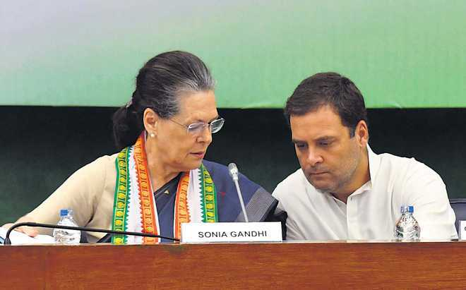 HC grants time to Sonia, Rahul Gandhi, others to file replies on Swamy's plea in Herald case