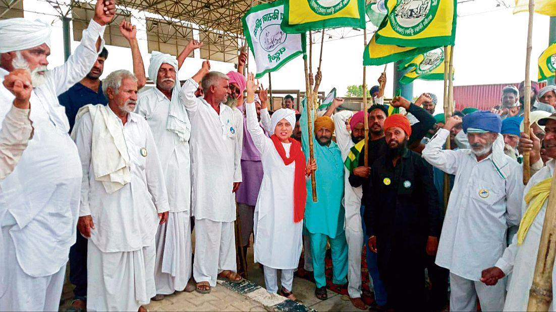 Protesting farmers yet again nix move to restart toll plaza on the Kundli-Manesar-Palwal (KMP) expressway