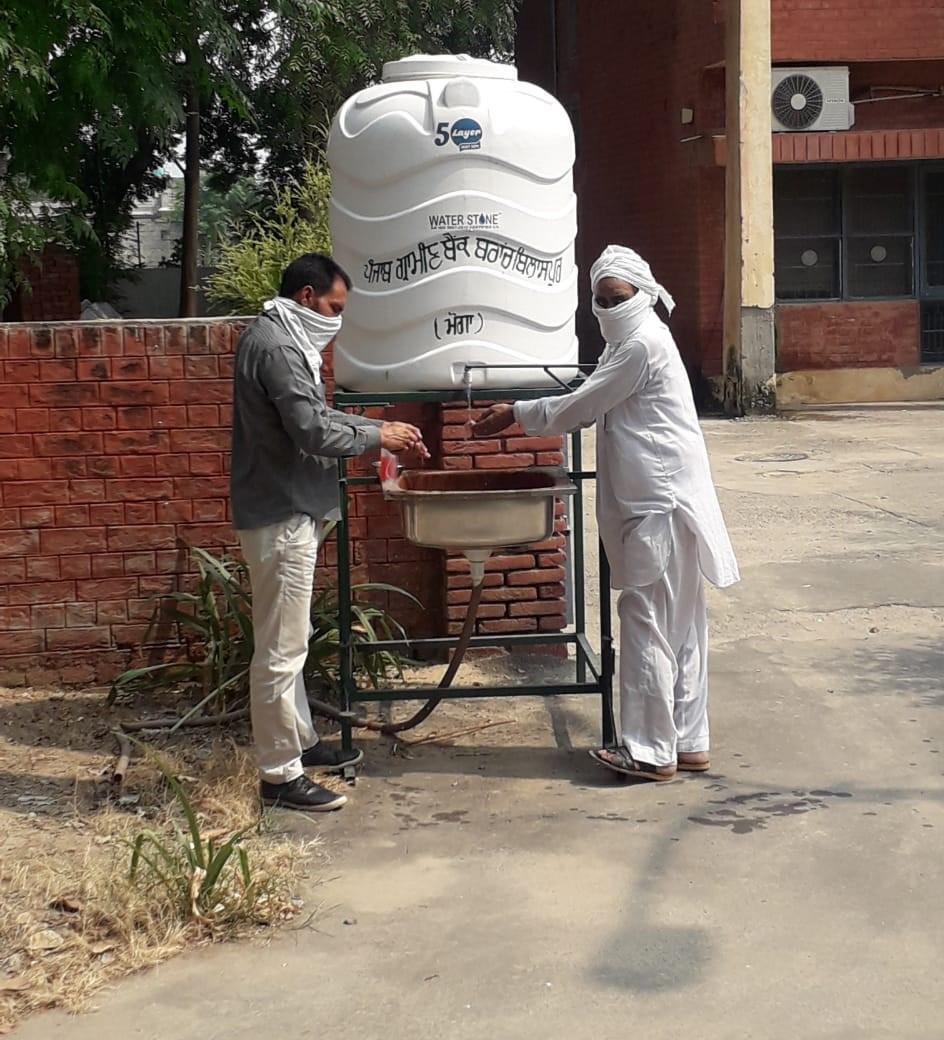 Foot-operated handwashing kiosks installed in grain markets