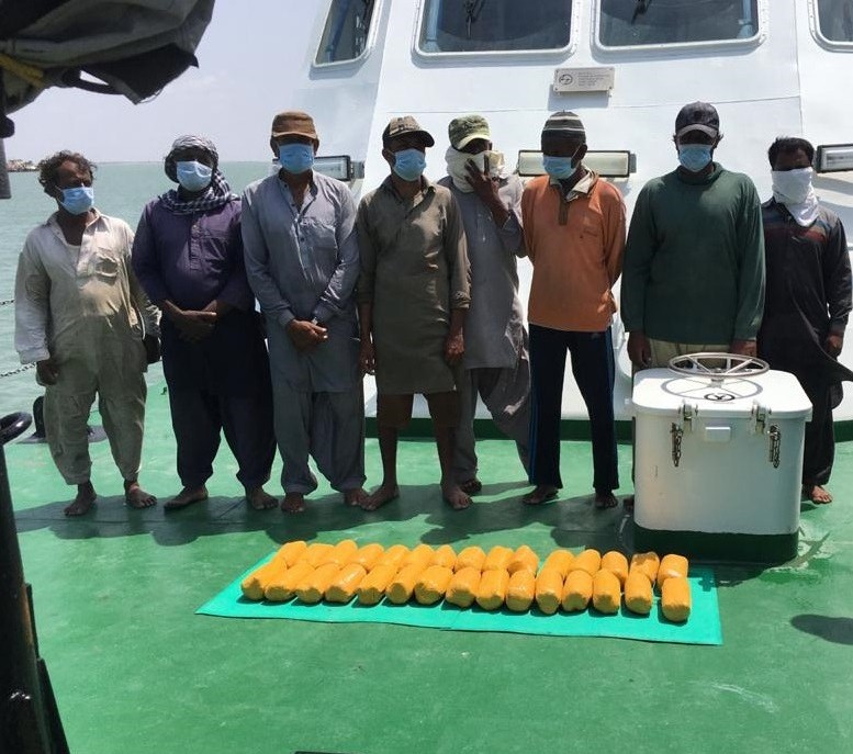 8 Pakistani nationals held with heroin worth Rs 150 crore off Gujarat coast
