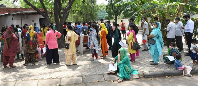 Up PGI Covid bed capacity to 500,  ICU  to100, Centre urged