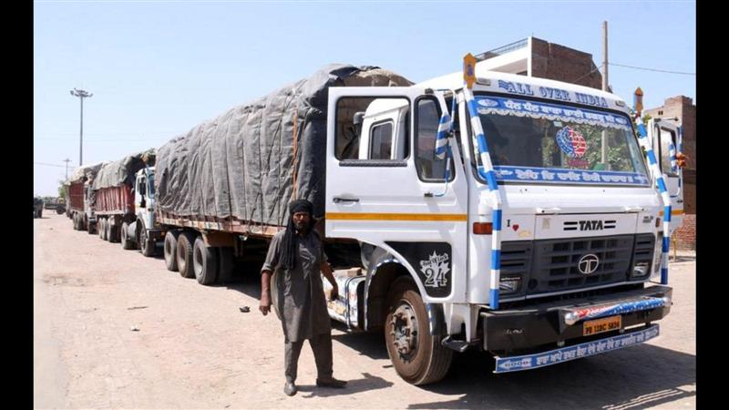 Agent's licence cancelled for smuggling wheat from Rajasthan
