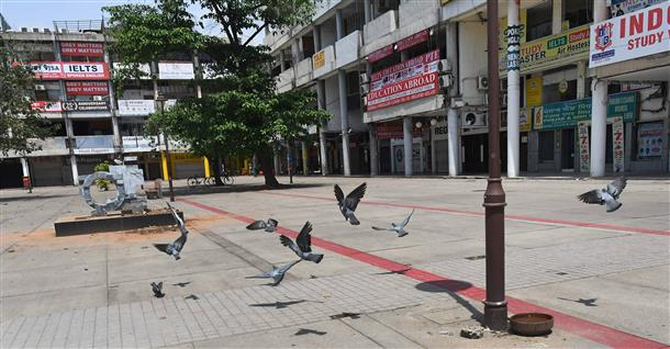 No lockdown in Chandigarh! Administration announced restrictions including closure of shops to contain spread of coronavirus in Chandigarh.
