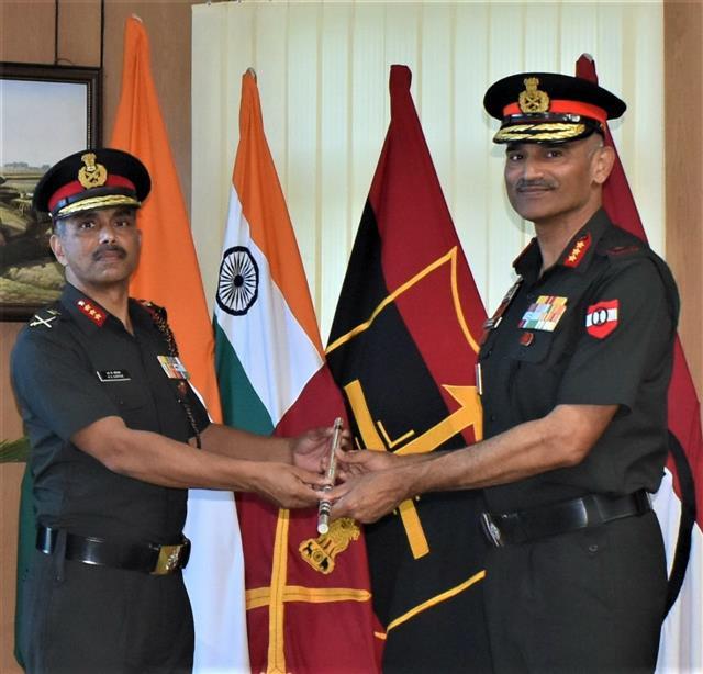 Lt Gen Katiyar takes over as GOC 1 Corps