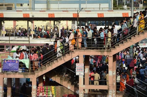 Railways stops sale of platform tickets at all Delhi stations as city enters lockdown tonight