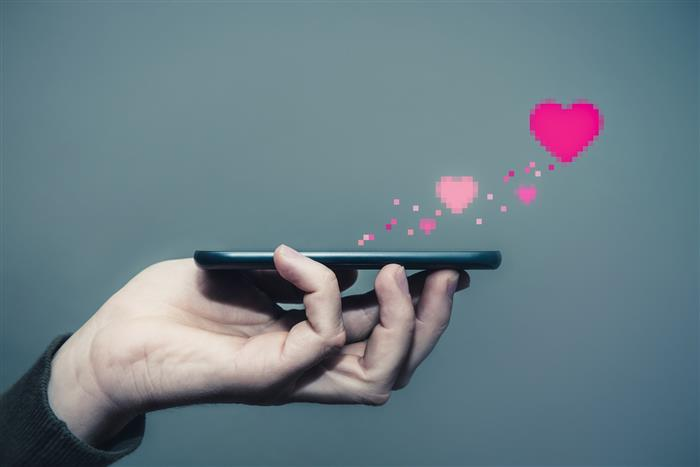 Dating apps add Covid jab criteria to find ideal partner