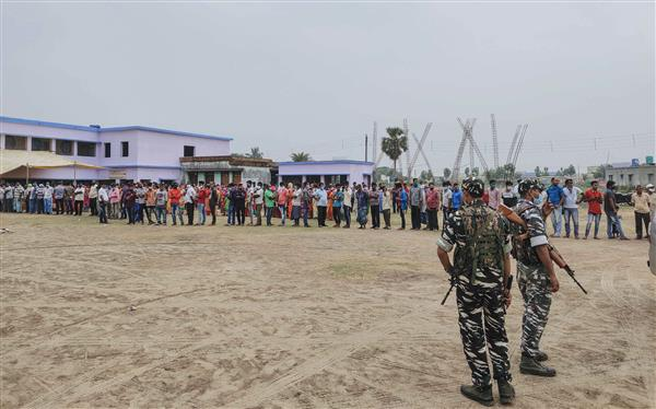 Bengal elections: 5 TMC workers shot dead; 76. pc turnout in 4th phase of poll