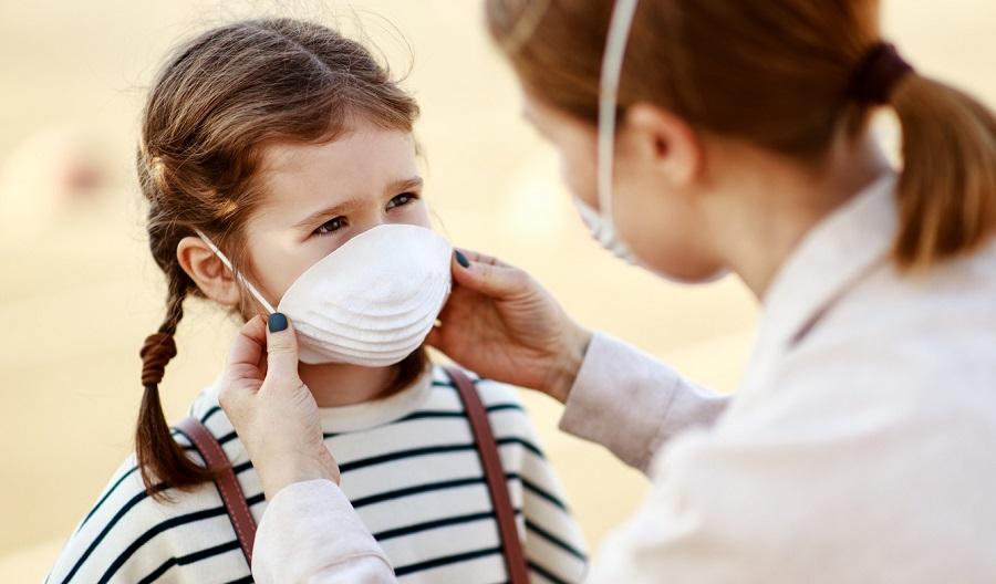 Swiss region rewards COVID-testing schools by lifting mask rule