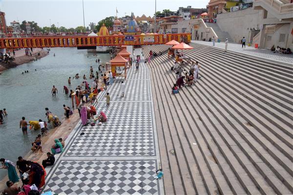 Covid surge: Juna Akhara ends Kumbh rituals after PM's nudge