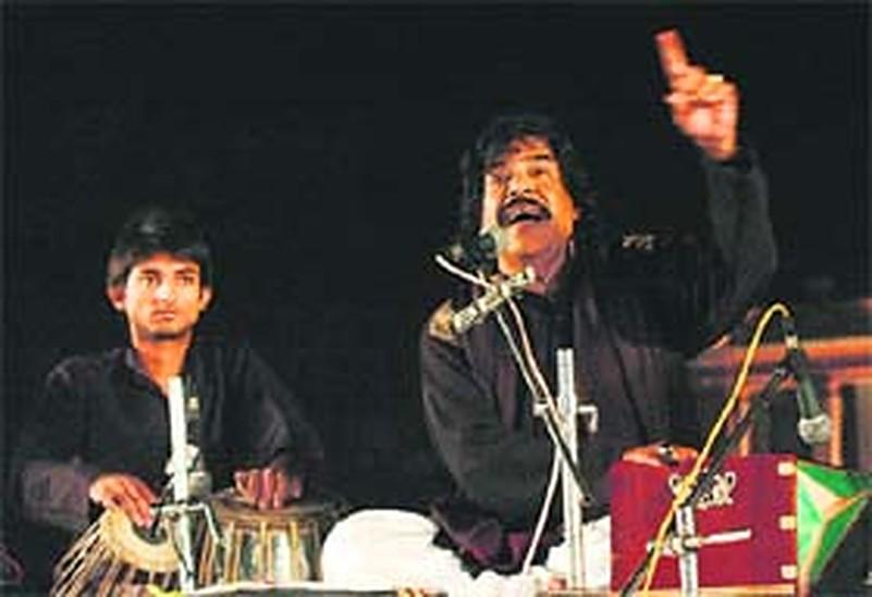 Lahore-based Punjabi singer Shaukat Ali passes away