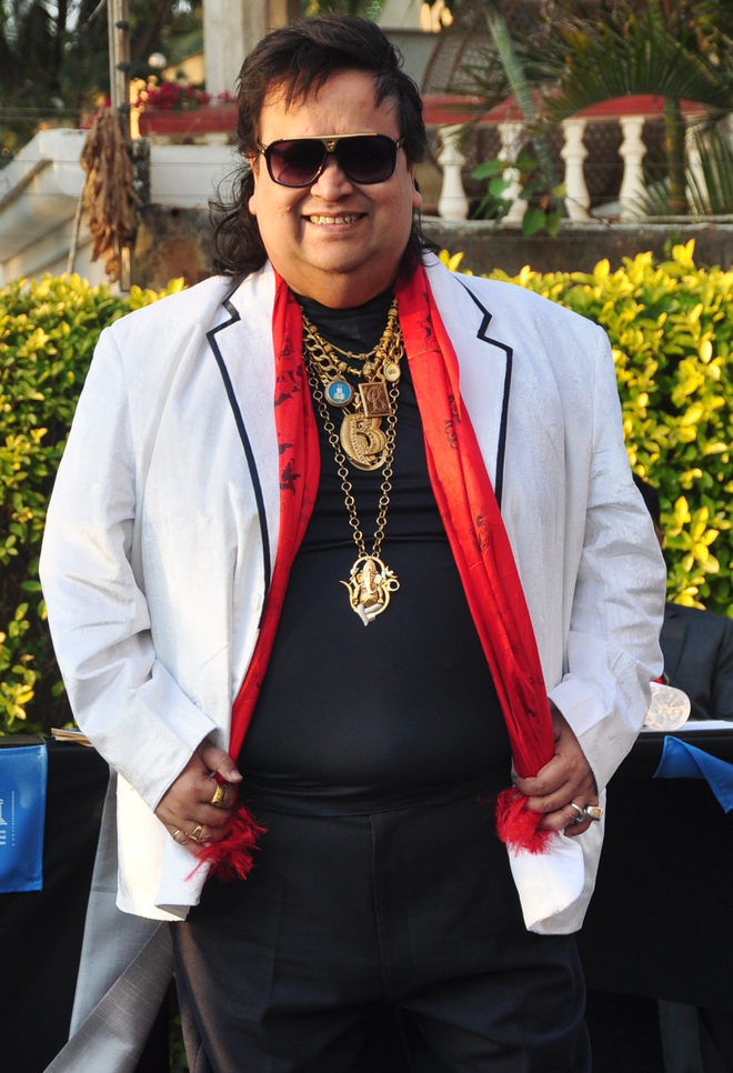 Bappi Lahiri tests positive for Covid, admitted to hospital