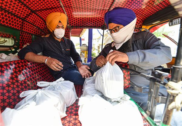 Samyukta Kisan Morcha to hand out food packets, essential items to hospitals in Delhi