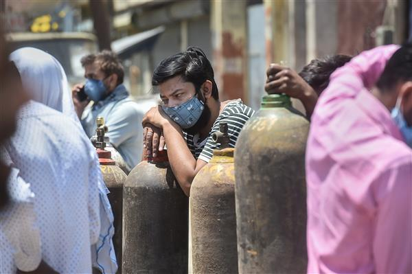 'Do it, or we will ask the Centre to take over': Delhi HC pulls up AAP government over oxygen shortage