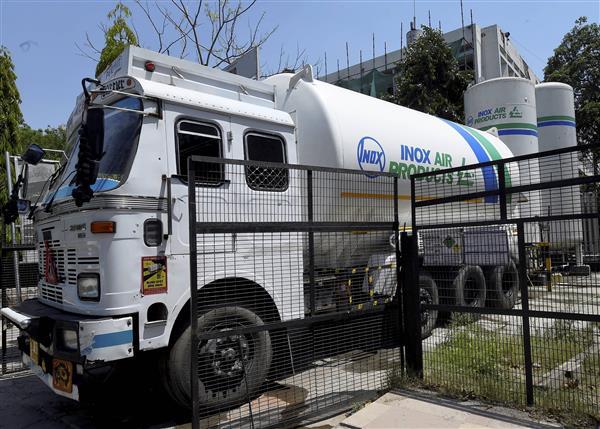 Delhi's LNJP Hospital receives oxygen refill; Pentamed seeks urgent supply