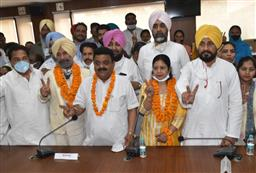 First-timer Raman Goyal elected as Bathinda Mayor amid favouritism allegations
