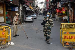 Arvind Kejriwal announces weekend curfew in Delhi