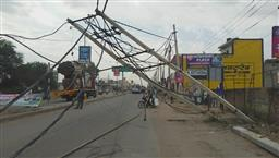 Truck damages electricity poles on Kharar-Landran road; area suffers power cut, traffic jam