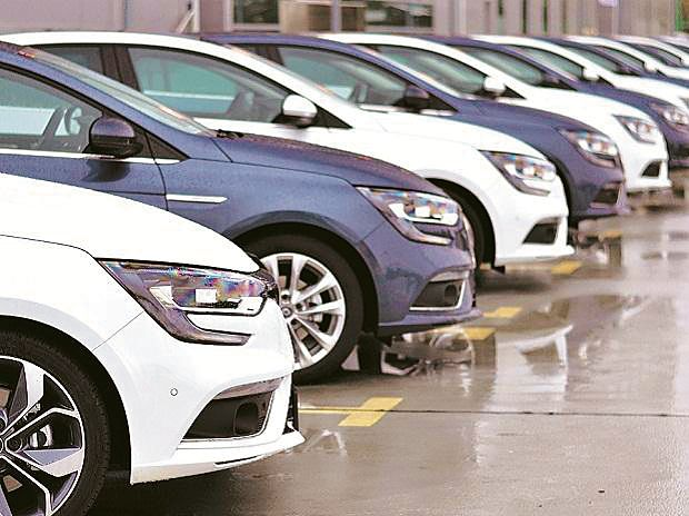 Auto firms log robust sales  in March