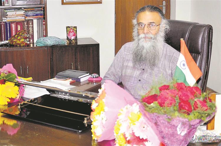 Will work on development of Punjabi, says Prof Arvind