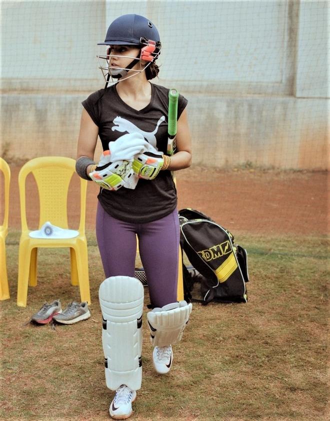 Taapsee Pannu kick-starts shoot for Shabaash Mithu