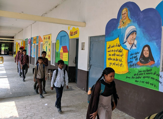 Schools start session sans EWS admissions