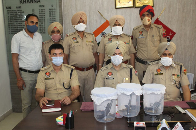 2 notorious criminals held in Ludhiana