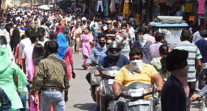 Business as usual at markets amid Covid surge in Ludhiana