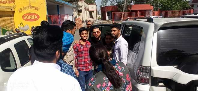 Mayor's official Gypsy escorted singer Karan Aujla to jail
