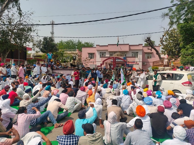 Farmers' protest: Four held for damaging MP Nayab Singh Saini's SUV
