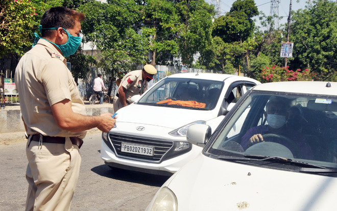 Eleven booked for violating Sunday lockdown norms