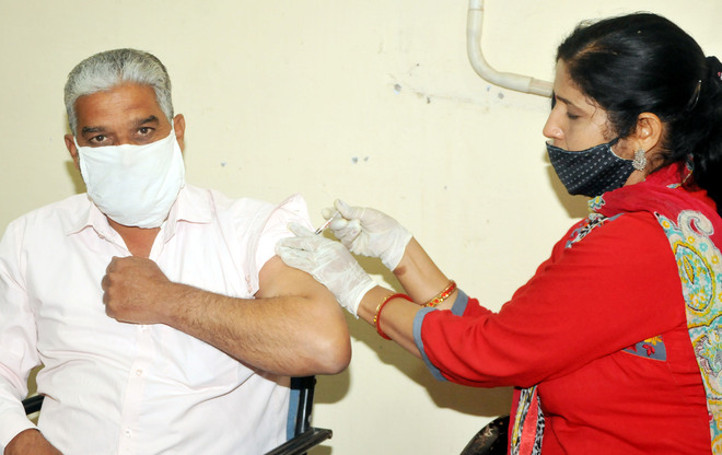 Amritsar district reports 7 deaths, 325 fresh cases