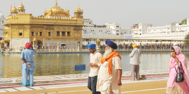 At Golden Temple, adhering to Covid norms mandatory now
