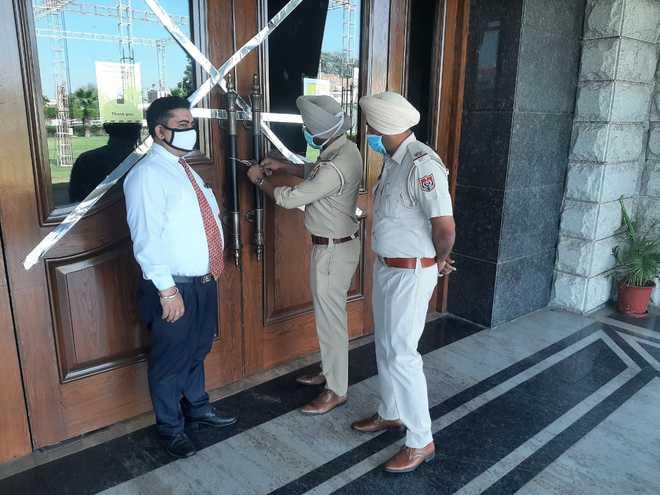 Resort sealed after Congress bash in Bathinda