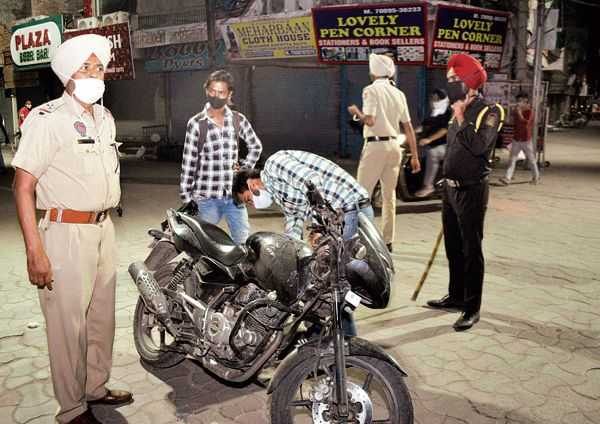 Patiala residents booked for defying night curfew