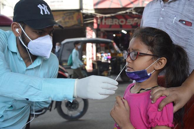 Ludhiana: 7 dead, 880 test positive for Covid