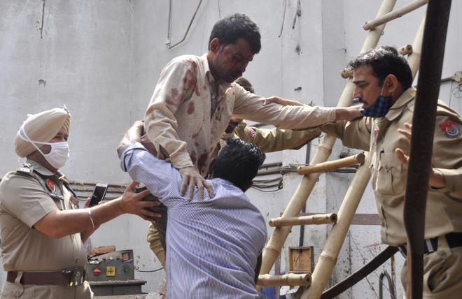Raising roof using jacks not permissible: Ludhiana MC