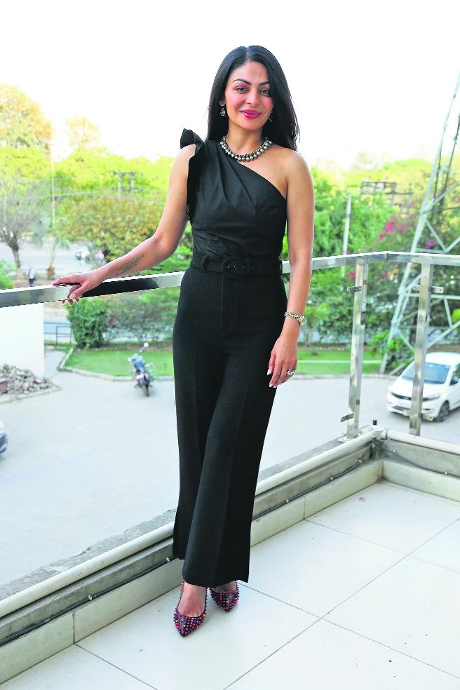Neeru Bajwa turns host for a new Punjabi show Jazba
