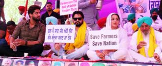 Farmers warn against ending protest on Covid spread pretext