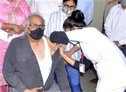 200 get jabbed at Punjabi University