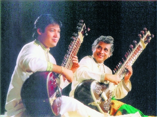 Tributes to music maestros Pt Rajan Mishra, Pt Debu Chaudhuri and his son Pt Pratik Chaudhari