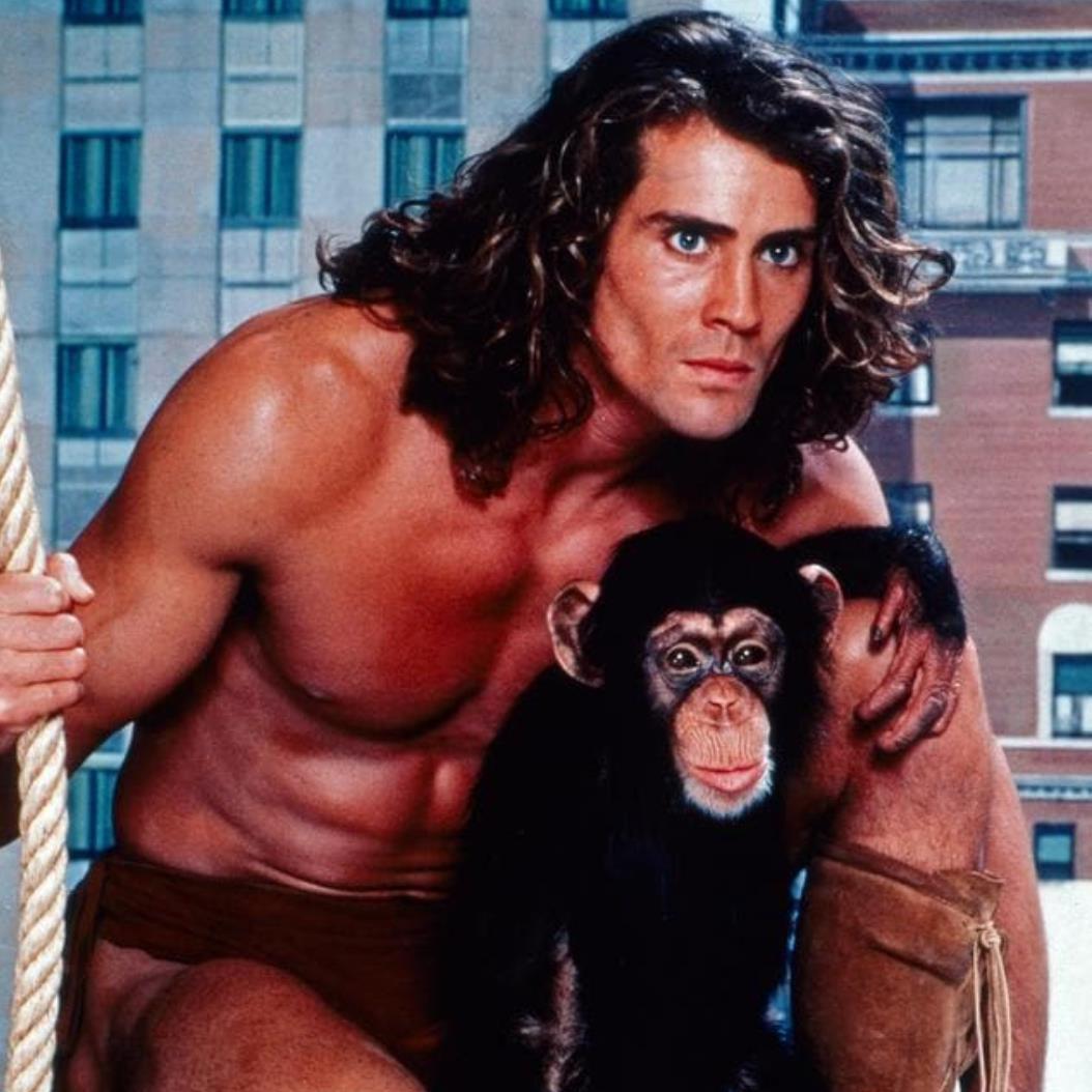 'Tarzan' actor Joe Lara among 7 killed as plane crashes into lake