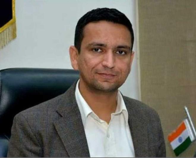 Jalandhar Deputy Commissioner expresses concern over shortage of blood