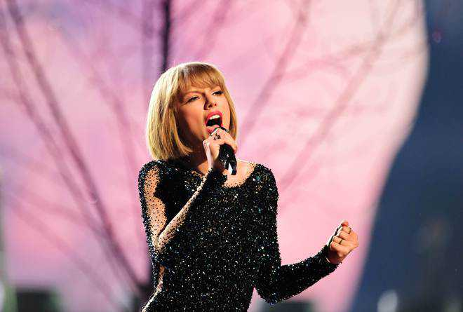 Taylor Swift to receive global icon honour at 2021 Brit Awards