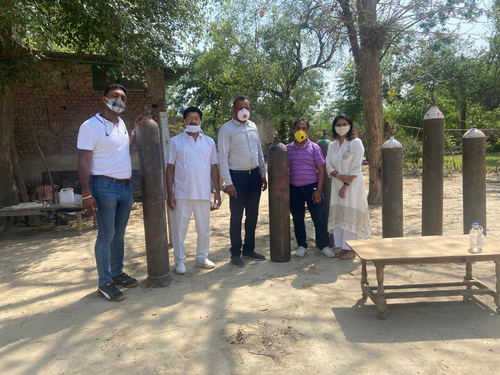 NGO members risking lives to provide plasma, oxygen cylindersto COVID patients in Bathinda
