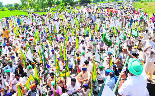 Farmers from 4 districts to protest at Delhi borders every week: BKU